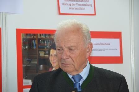 Herr Reinfried Vogler, Präsident der Bundesversammlung der SL willkommen an unserem Stand