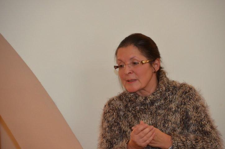 Frau PhDr. Eleonore Jeřábková während ihres Vortrags