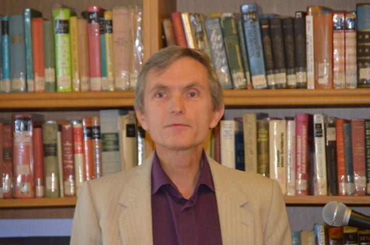 Doz. PhDr. Zbyněk Fišer referiert über Ludvík Kundera als Lyrik-Übersetzer