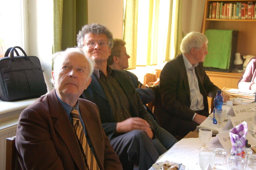 Prof. Dr. Václavek und Prof. Dr. Fiala-Fürst Universität Olmütz, Dr. Walter Fanta und Dr. Karl Corino im Begegnungszentrum Brünn
