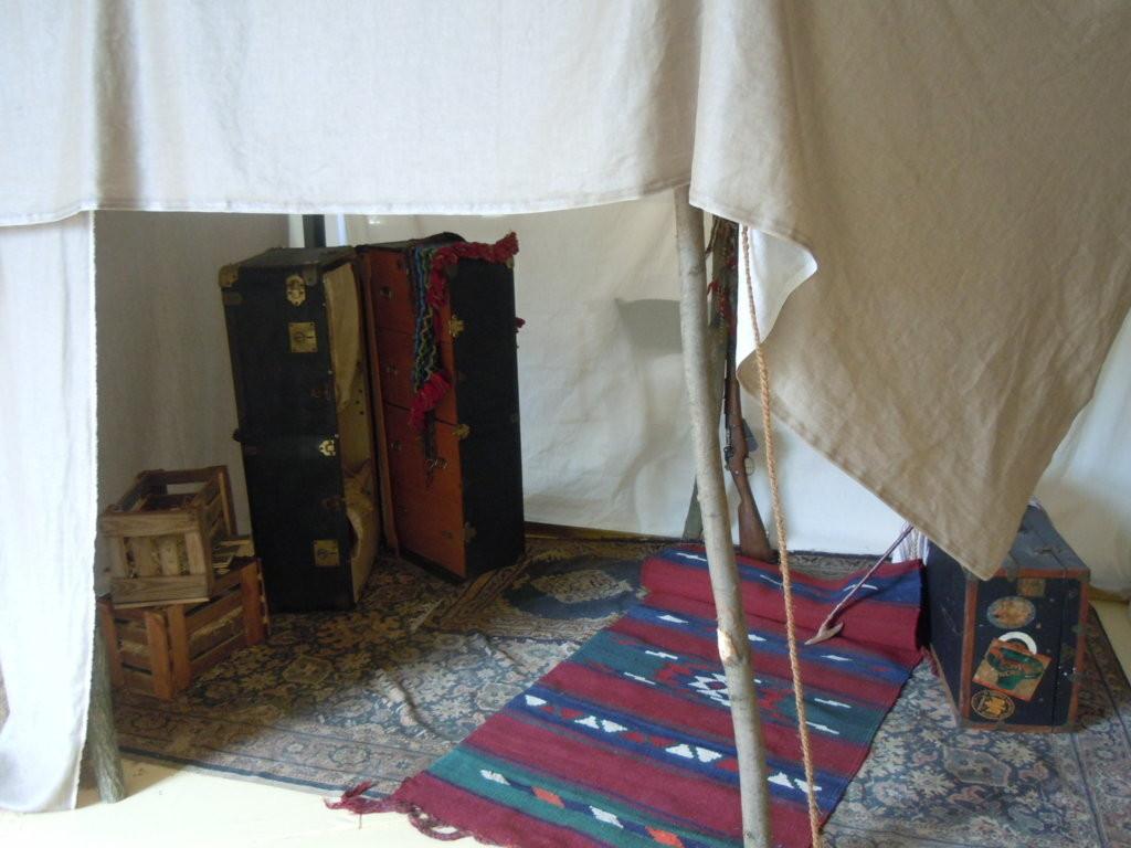 Nachbildung des Beduinenzeltes des Orientalisten Alois Musil