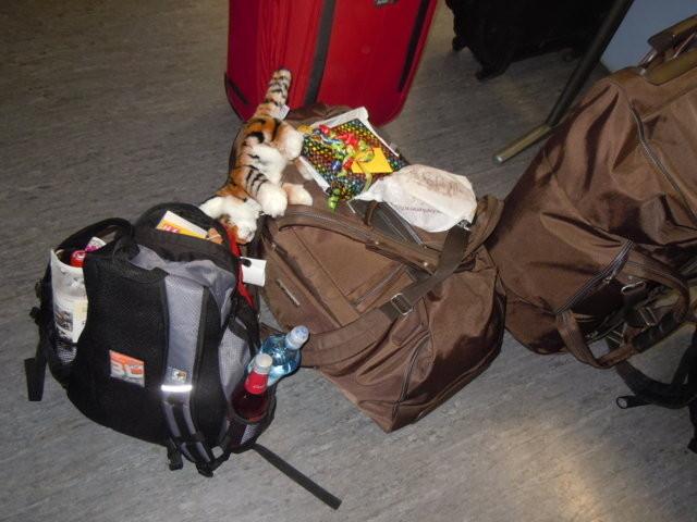 Koffer stehen bereit zum Heimfahren