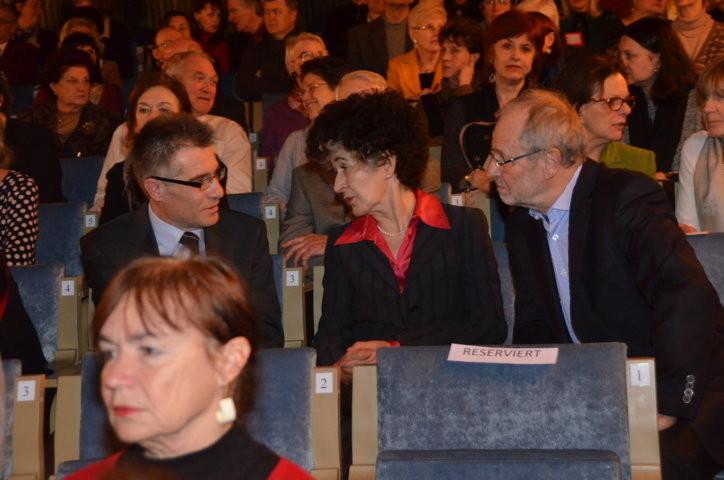 Frau Prof. Daniela Hammer-Tugendhat im Gespräch mit Dr. Zdeněk Mareček Institut für Germanistik der Uni Brünn