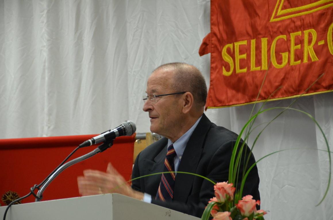 Dr. Martin Bachstein bei der Laudatio an Prof. Dr. Detlef Brandes