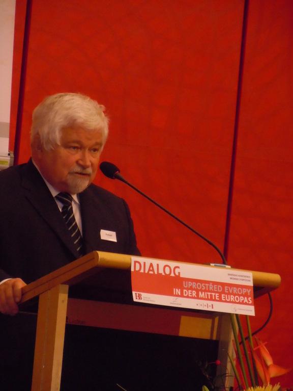 Peter Pithart ehemal. Präsident des Senats der Tschechischen Republik erö