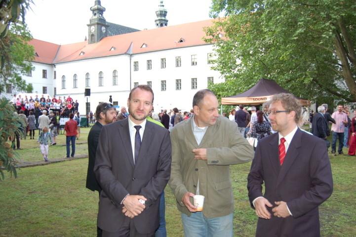 Martin Dzingel. Präsident der Landesversammlung der Deutschen in der Tschechischen Republik, Ludek Navara, Journalist, Dr. Martin Ander