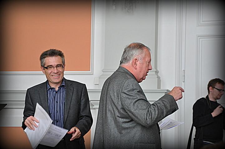 Prof. PhDr. Jan Sedlák, CSc berichtet über den Bau der Brünner Ringstraße und das Entstehen des Gymnasiumsgebäudes