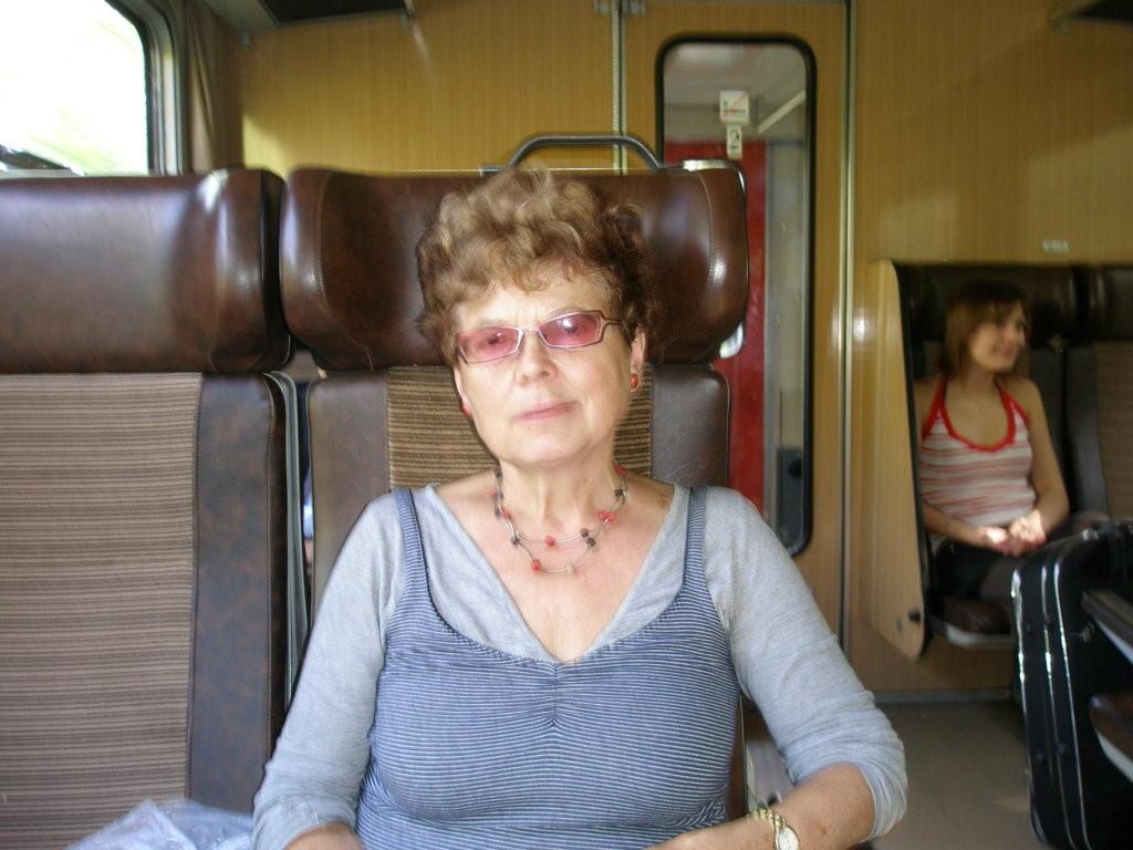 Frau Alena Hrabálková