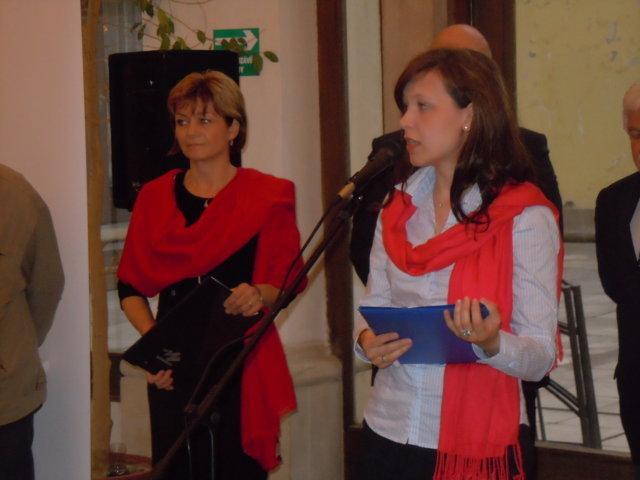 links: Tamara Reisig, Beauftragte der Friedrich Ebert Stiftung