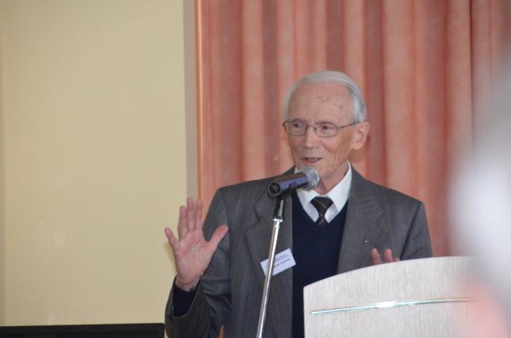 Professor Dr. Augustin Schmied
