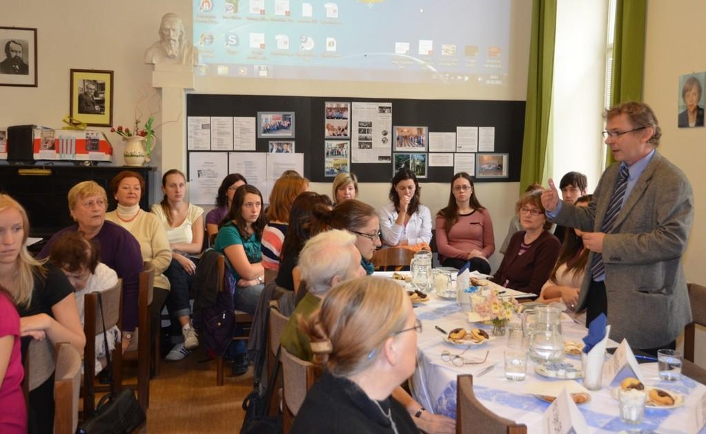 Professor Dr. Knoz erinnert in seiner exzellenten Ansprache an die multikulturelle Historie der Stadt Brünn