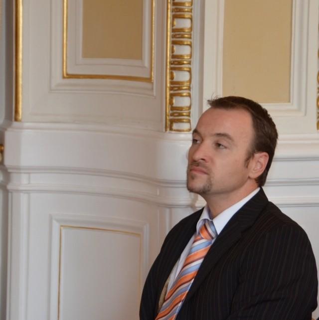 Der Präsident der Landesversammlung Herr Martin Dzingel. Wir danken der Landesversammlung für die Förderung dieser Aktivität sehr herzlich !