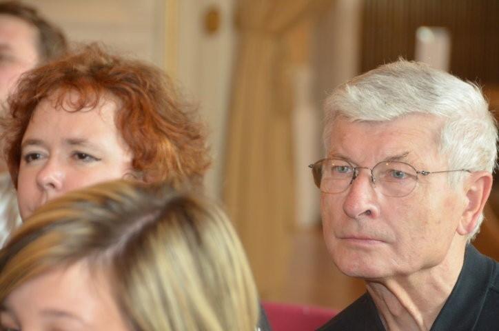 Zu den Ehrengästen gehört auch Prof. Dr. Jiří Munzar , langjähriger Rektor des Instituts für Germanisitk der Universität Brünn