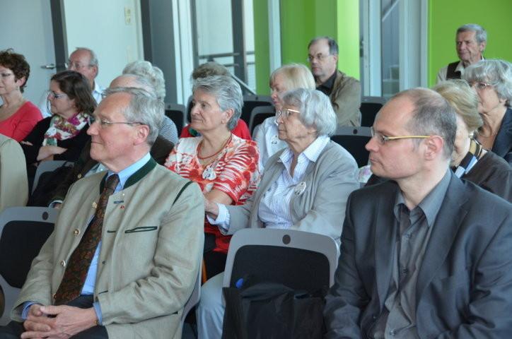 Dr. Helmut Eikam, Frau Olga Sippl, Herr Dr. Mirek  Němec