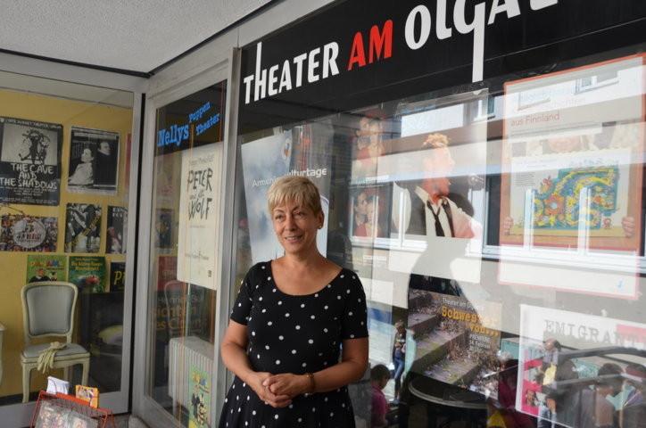 Herzlich willkommen bei Frau Nelly Eichhorn im Theater am Olgaeck
