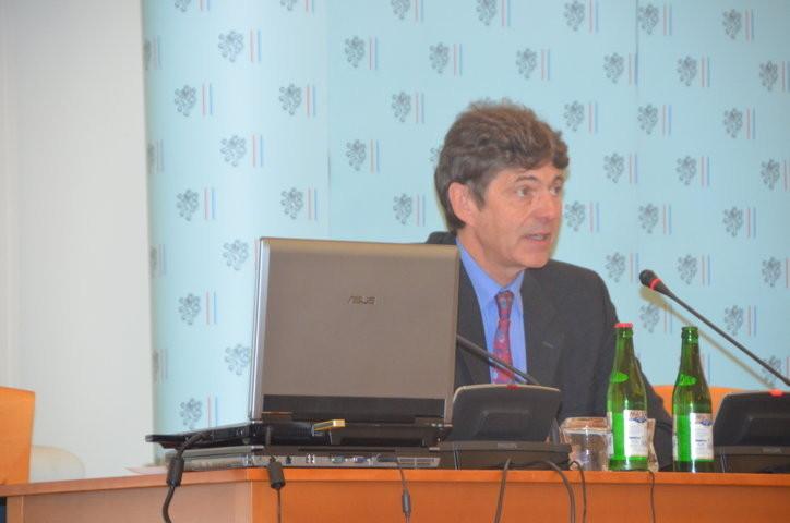 S.E. Dr. Arndt Burchard Ludwig Freiherr Freytag von Loringhoven Botschafter der BRD