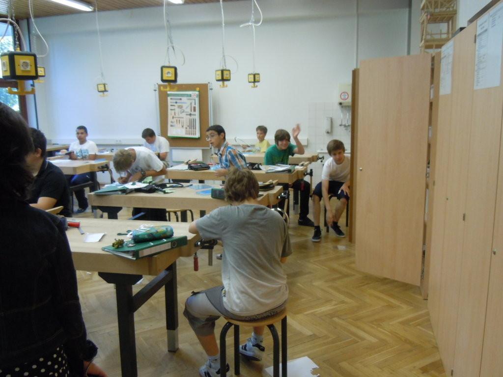 Einblick in den Werkunterricht der Schule