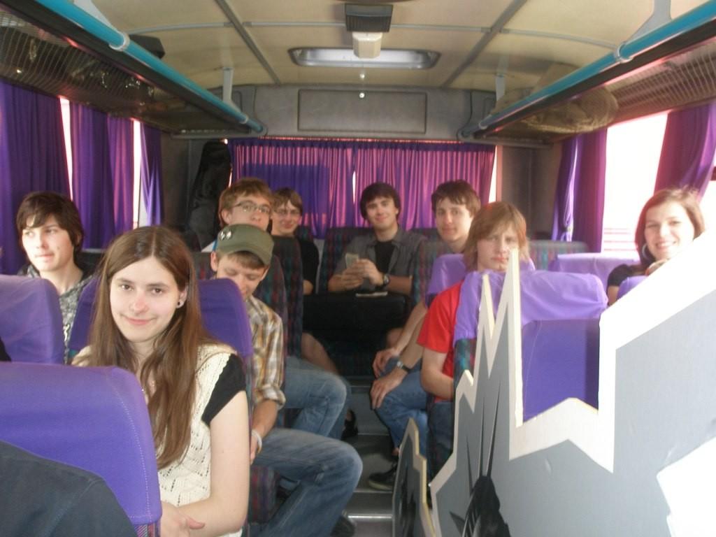 Freude im Bus über den gelungenen Auftritt