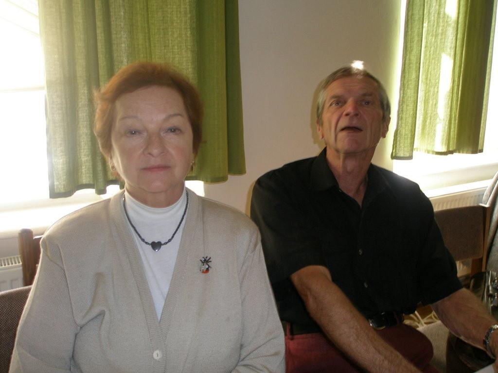 Frau Milena Tesařová und Herr Leopold Hrabálek, Mitglieder unseres Vorstand
