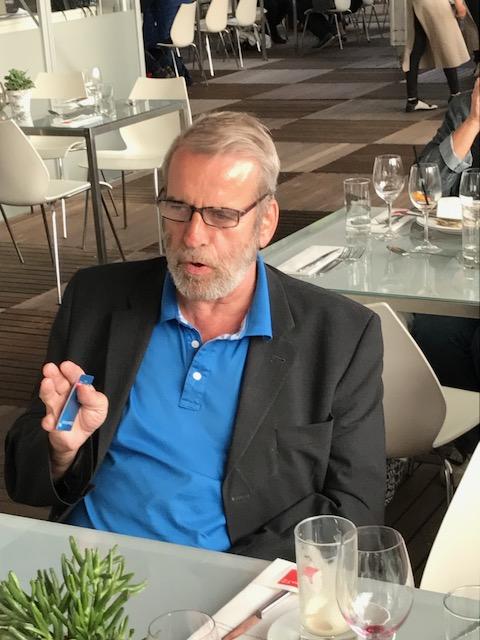 Léonard Wüst aus der Schweiz, Journalist, Kulturkenner, Blogger und Netzwerker.
