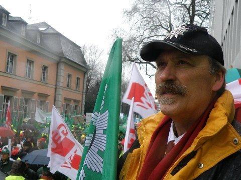 Klaus Wiescher, Erster Kriminalhauptkommissar i.R. aus Stockelsdorf ist von Anfang an dabei