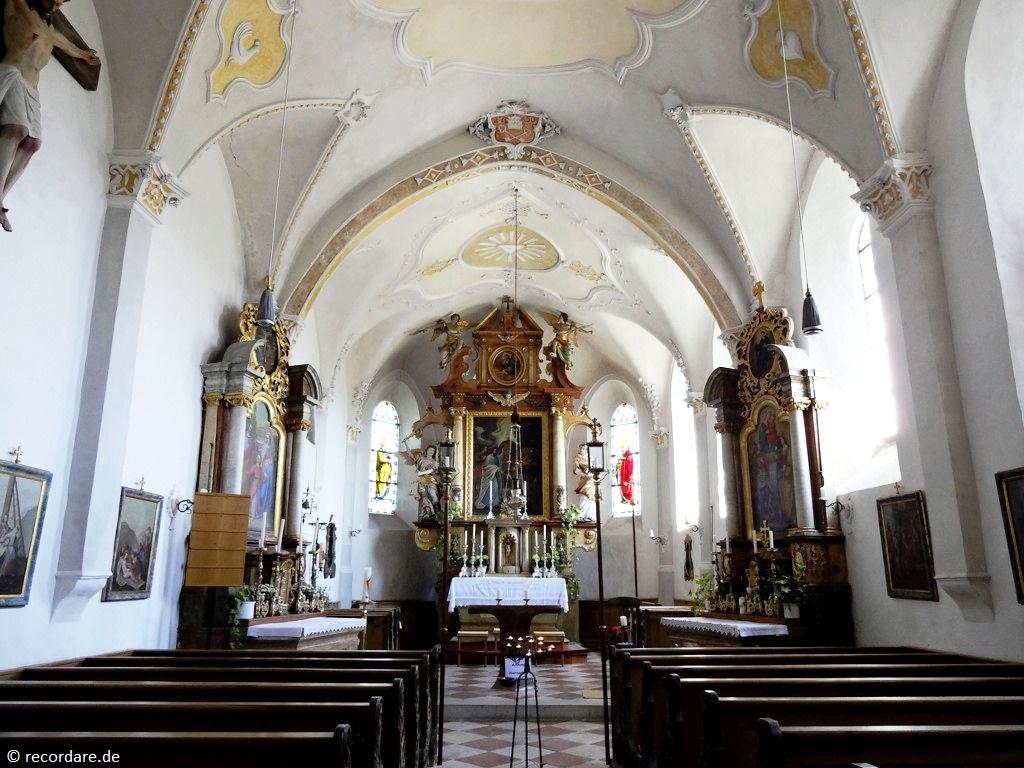 Innenraum St. Peter