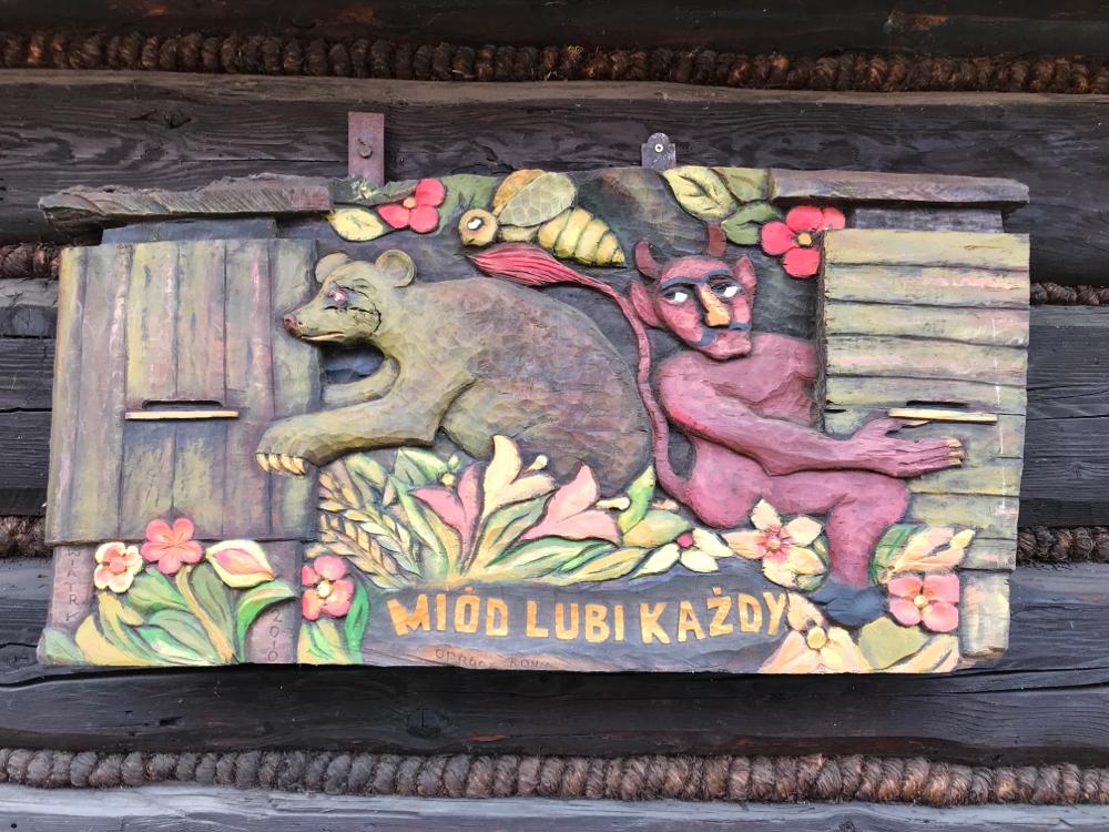 Schnitzkunst in Polen bei Sadecki Bartnik, Strozach