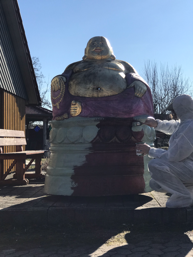 Laughing Buddha for bees