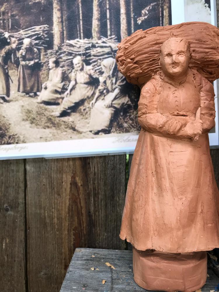 Holzsammlerinnen aus dem Erzgebirge