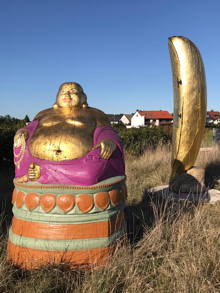 Buddha und Banane im Nürnberger Knoblauchsland