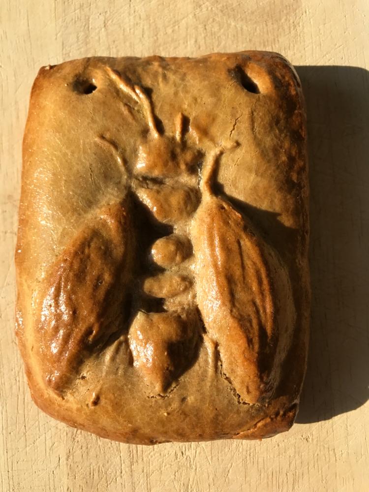 Starbiene in Honigkuchen