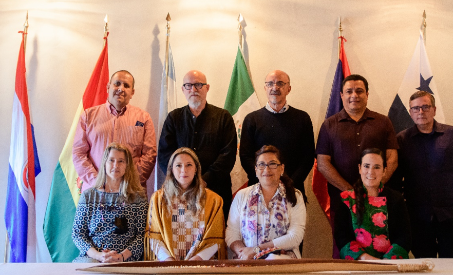 Representantes diplomáticos, con empresarias del Estado de Chiapas.