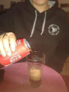 Partagez un coca avec... (envoyée par Marion)