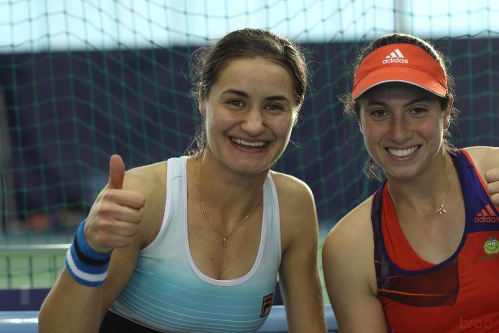 Monica NICULESCU et Christina MCHALE