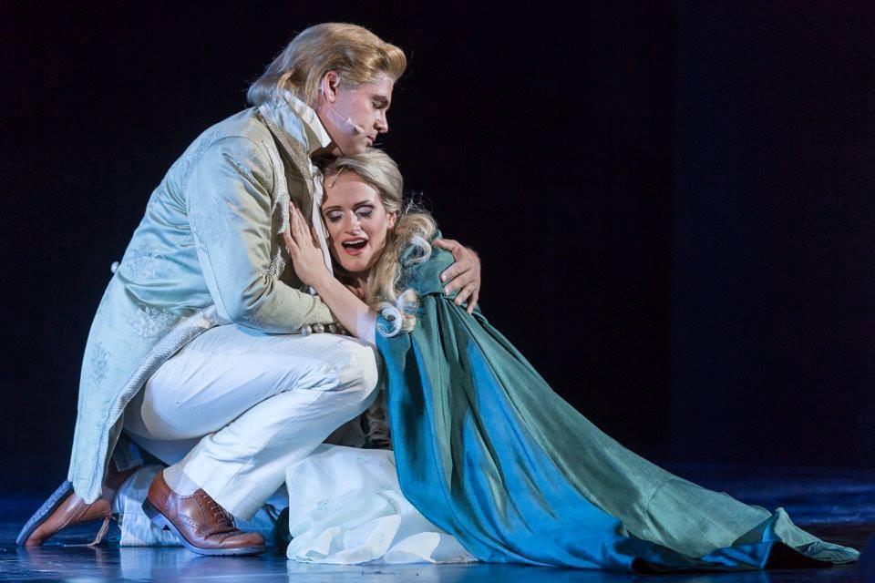 """als Raoul, Vicomte de Chagny in """"Das Phantom der Oper"""" von Andrew Lloyd Webber; mit Ilia Vierlinger als """"Christine Daee"""" fotografiert von Christian Herzenberger"""