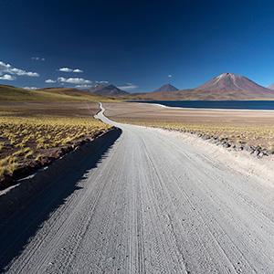 Surreal Laguna Miscanti, San Pedro de Atacama, Altiplano, Andes, Chile, South America
