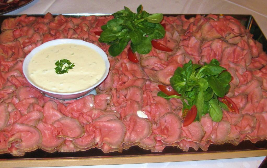 Roastbeef mit Knoblauchsauce