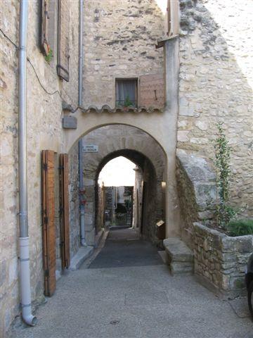 Rue de Venasque