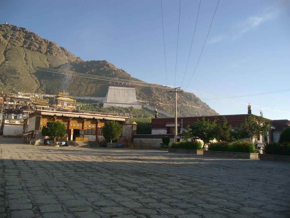 cortile monastero Tashilumpo