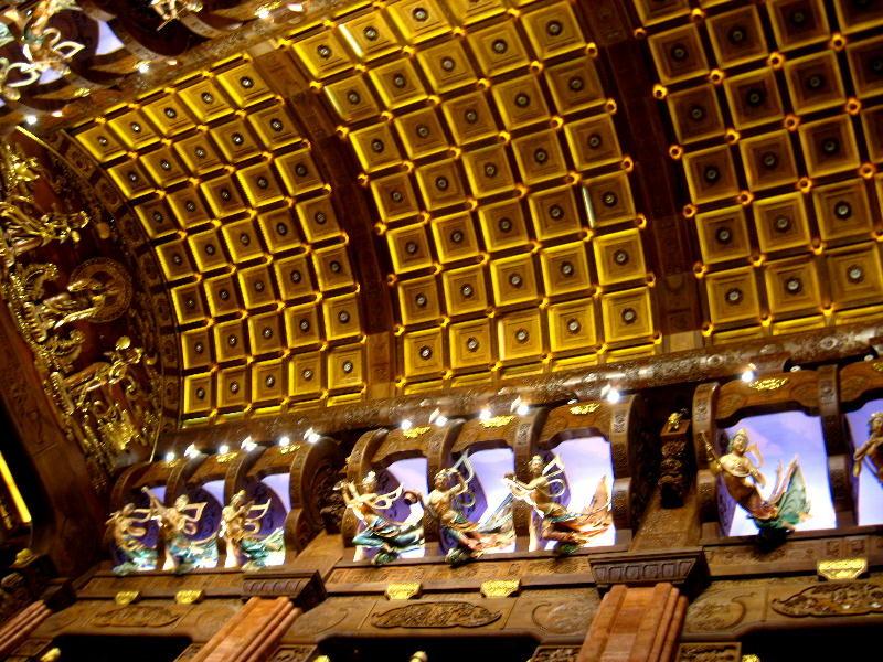 wuxi - soffitto tempio di Brahma