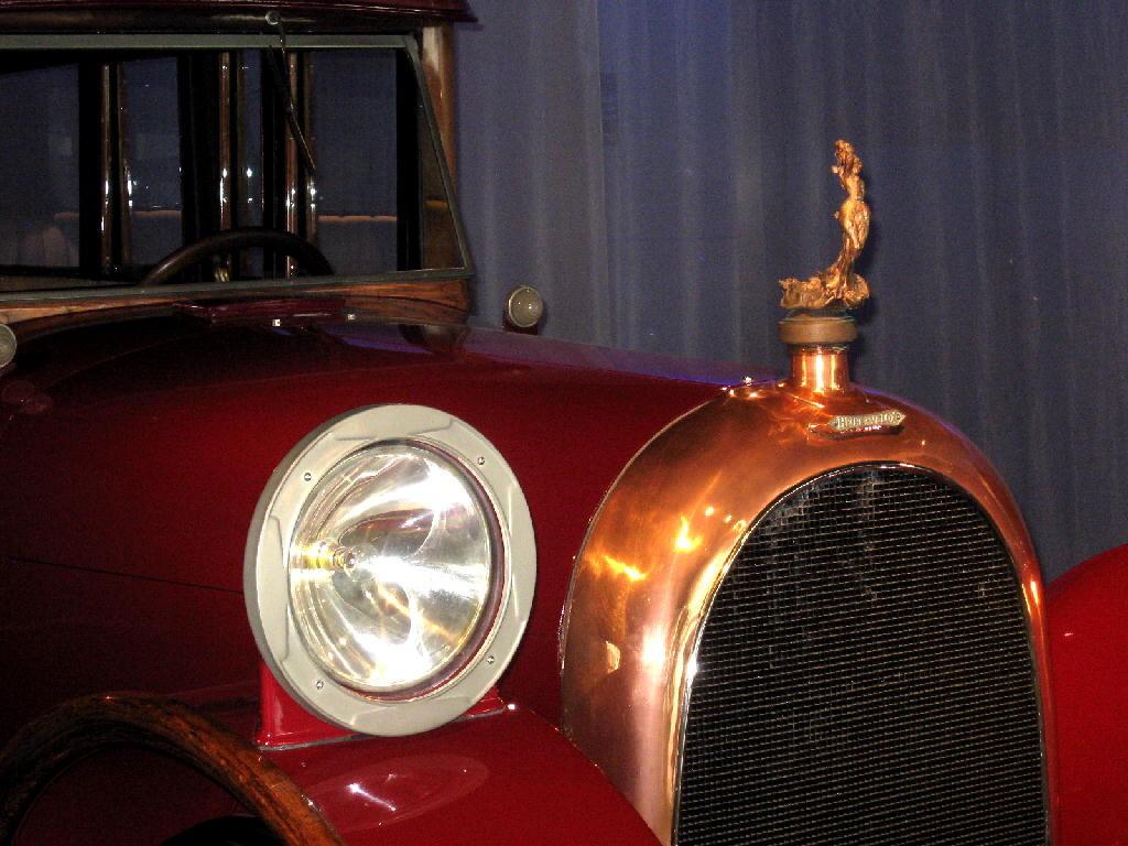 Heine 1921 Velox V12 - fronte - particolare cofano