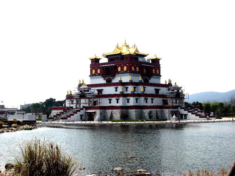 wuxi - tempio Lamaismo