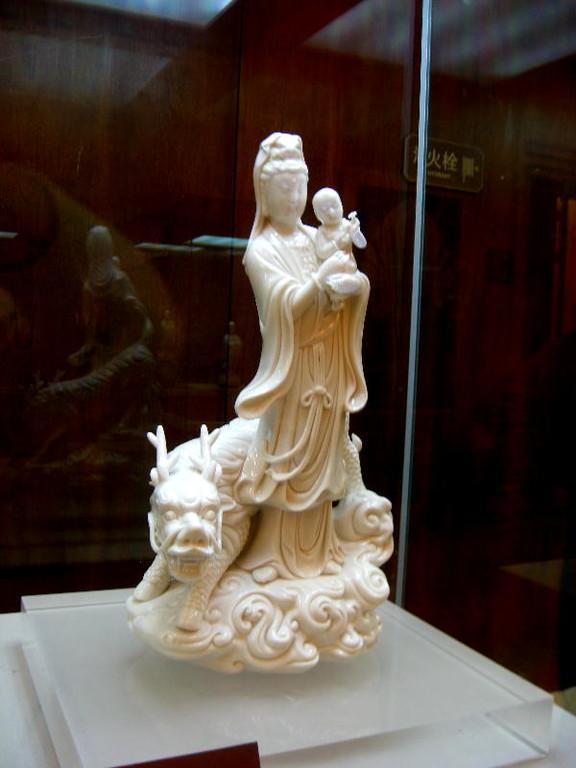 wuxi - Guanyin dea della maternità