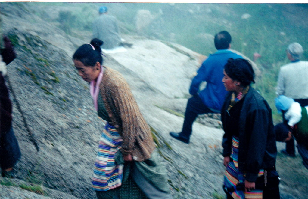 Lhasa monastero Drepung pellegrini