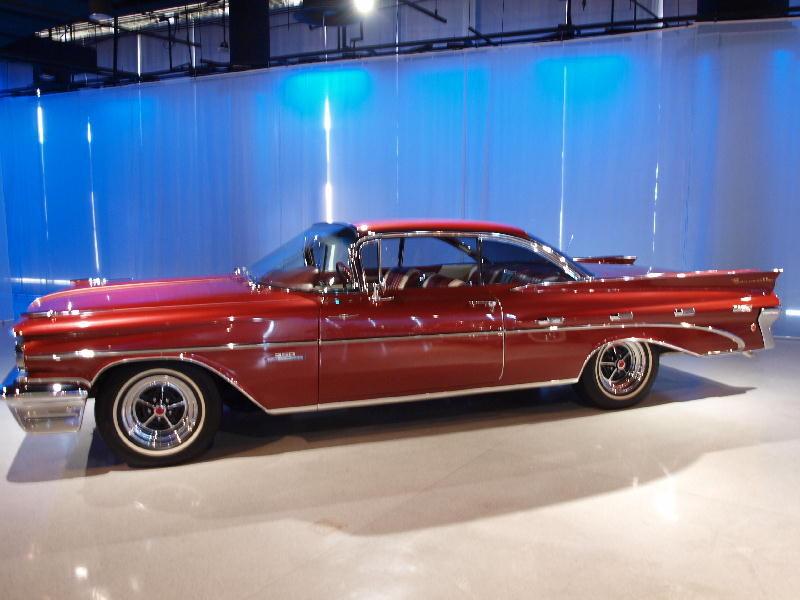 Buick 1965 Riviera Gran Sport - fianco