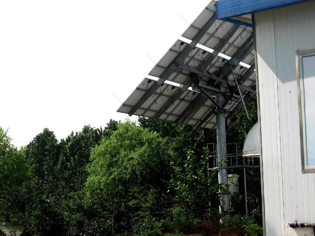 pannello solare rotante