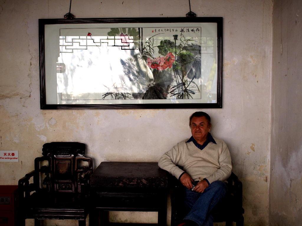 Tong li Beppe in meditazione