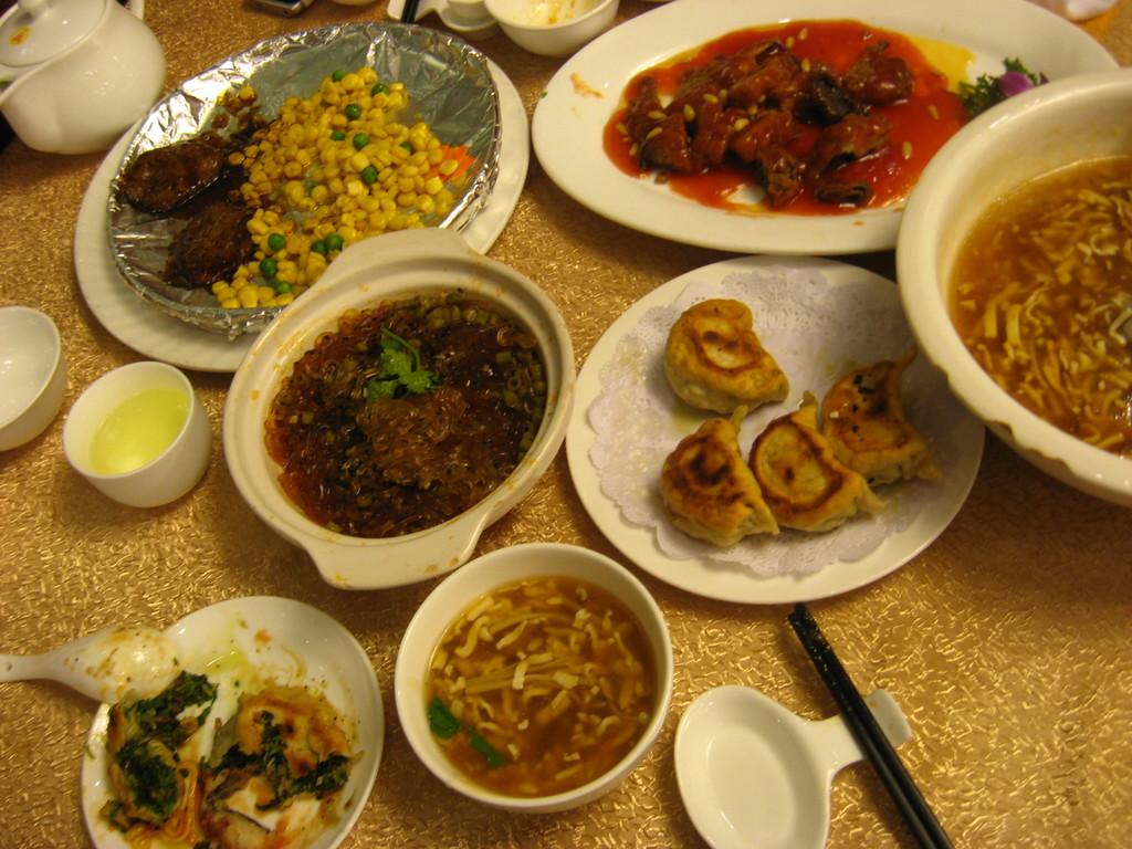 pesce, maiale, ravioli, zuppe