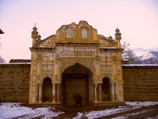 Pakistan - Chitral, ingresso al forte reale