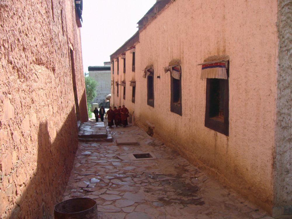 via interna monastero Tashilumpo